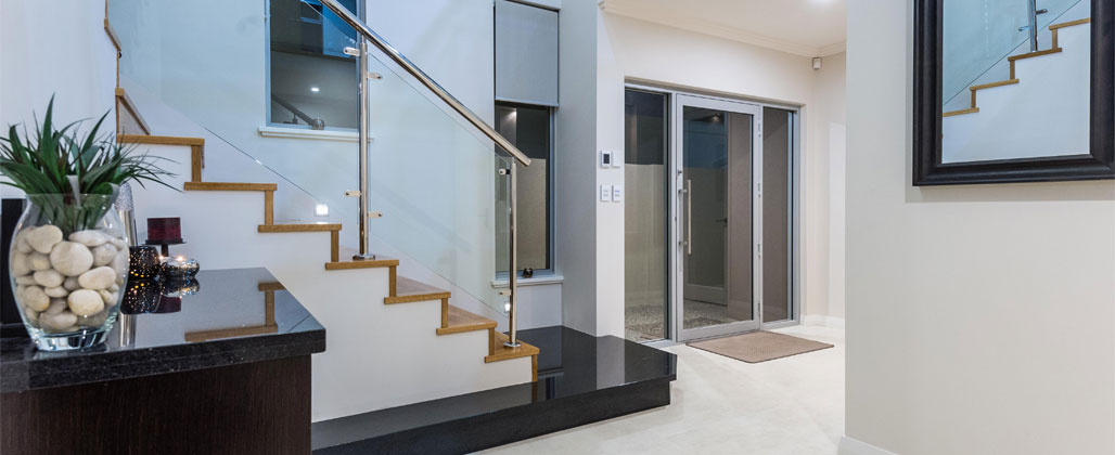 aluminium entry door Slide