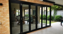 aluminium-bi-fold-doors-perth