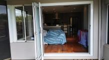 bi-fold-doors-white-2