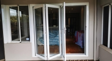 bifold-doors-white